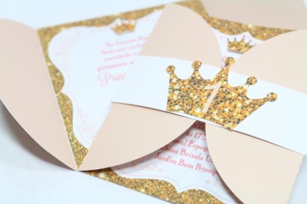 Convite princesa rosa e dourado no elo7