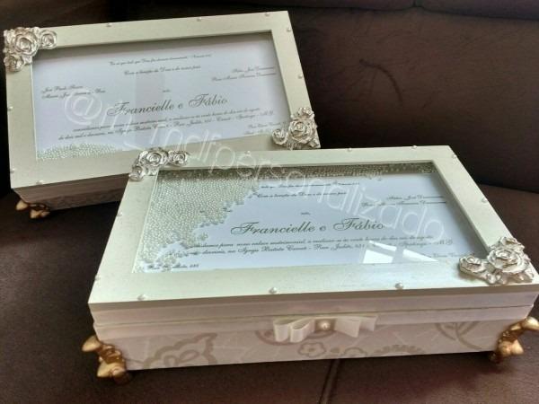 Luxo de caixa para eternizar seu convite de casamento!! excelente