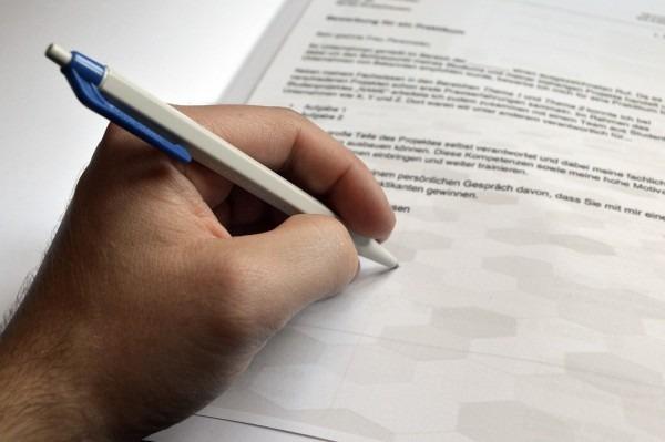 Carta convite  o que é e como funciona para entrar no país