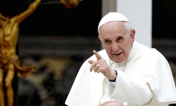 Papa recusa visita ao brasil e pede a temer mais atenção aos