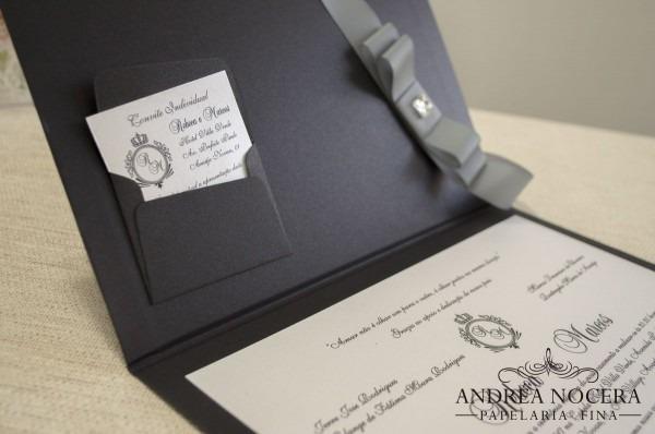 Convite de casamento preto e branco