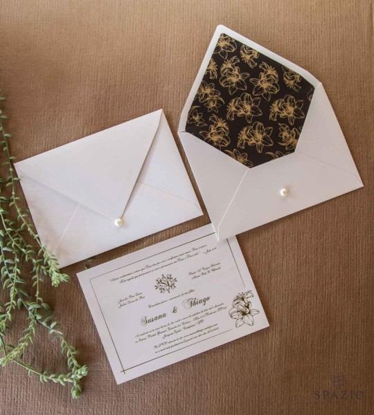 Convite de casamento marrom com dourado no elo7