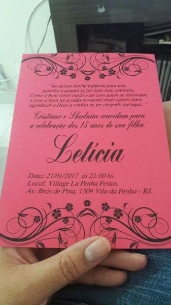 Convite preto e pink 15 anos, feito com papel colo plus, fita de