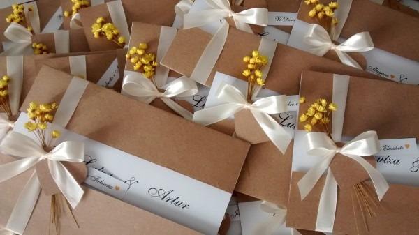 Convite de casamento rustico com flor seca no elo7
