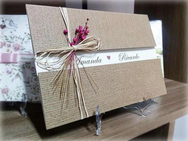 Convite de casamento rústico com palha e flores secas no elo7