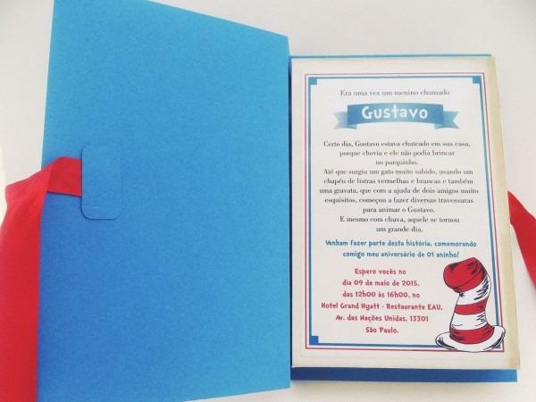 """Convite tipo livro – tema """"the cat in the hat"""" ou o gatola da"""