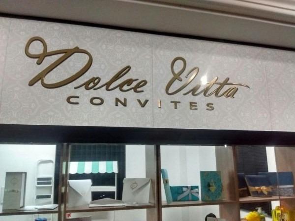 Oitavo design  criação da fachada da loja dolce vitta convites