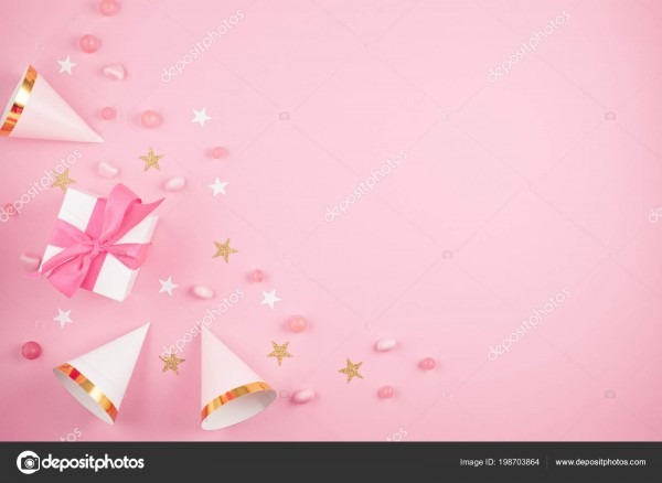 Meninas festa acessórios sobre fundo rosa convite aniversário