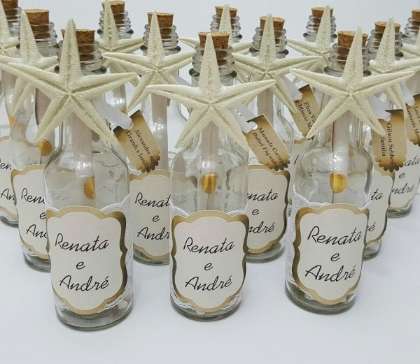 Convite pergaminho na garrafa de vidro para casamentos ou festas