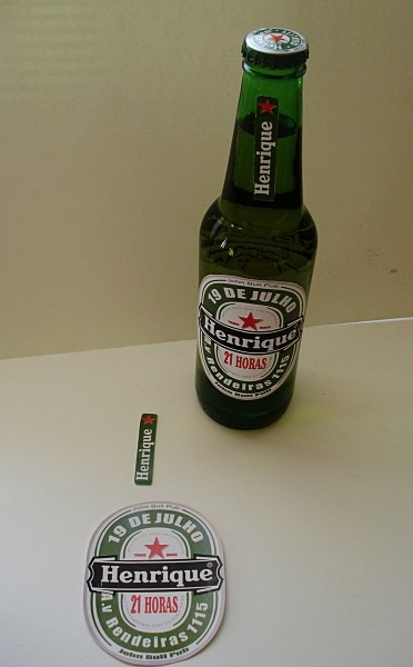 Convite adesivo aniversário para cerveja no elo7