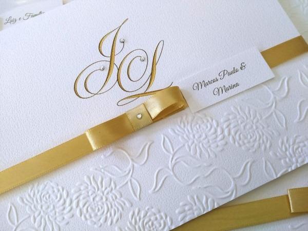 Convite de casamento com relevo chique no elo7