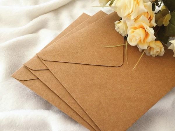 Envelope bico quadrado 15x15 kraft 240g 50 un no elo7