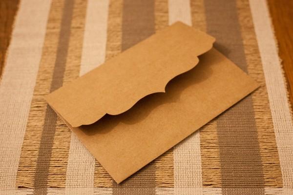 Envelope kraft 15,5x21,5cm com recorte no elo7