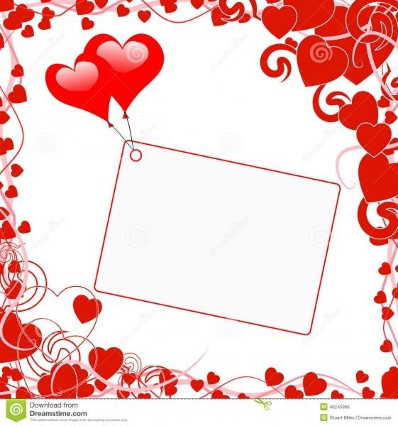 Os balões do coração na nota mostram o convite do casamento
