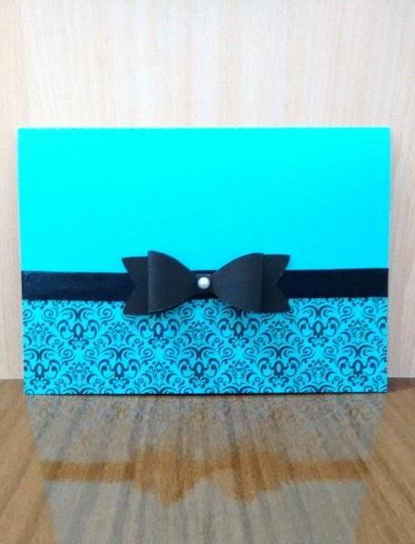 Convite 15 anos com arabescos nas cores azul tiffany e preto