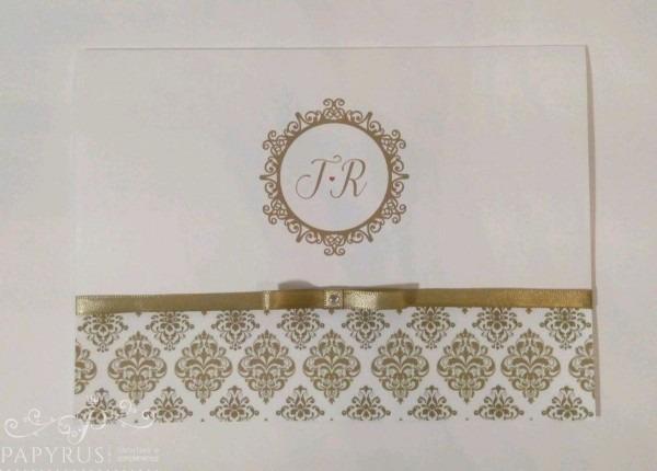Convite dourado com fita laço chanel 15x21 modelo dobra no elo7