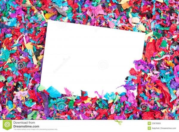 Convite em branco no confetti imagem de stock