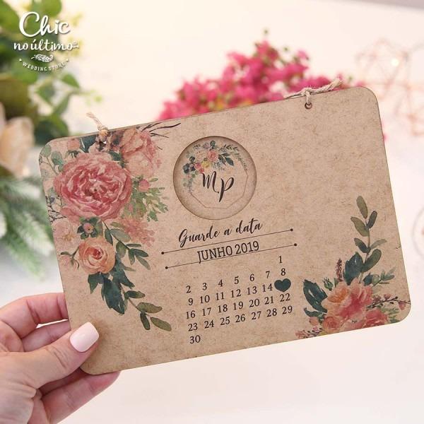 Convite de madeira de casamento